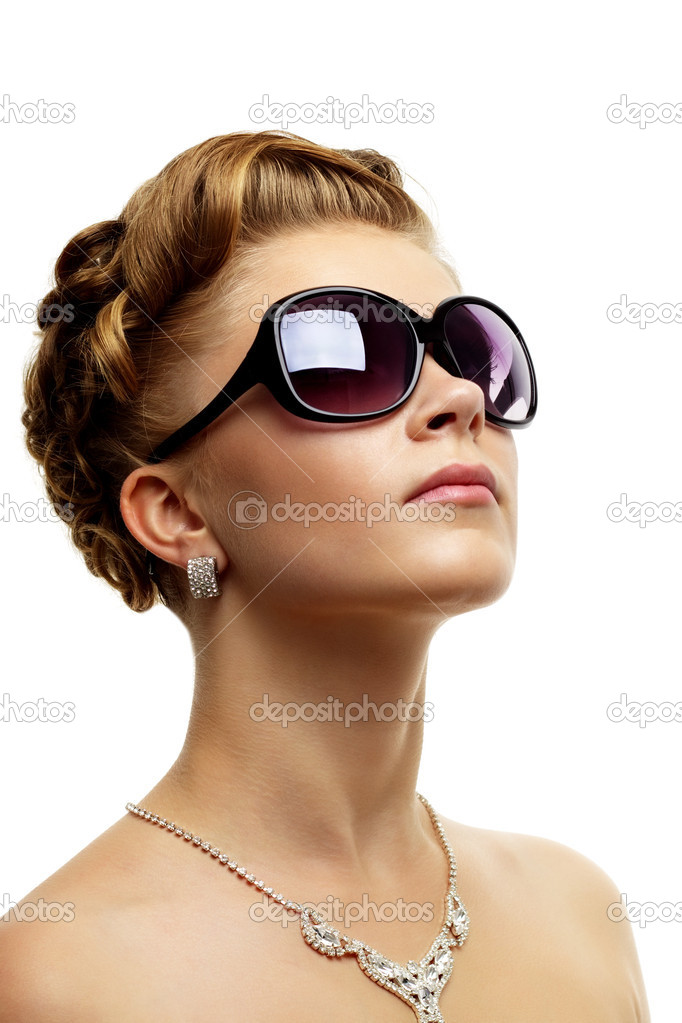 Woman Sunglasses  stylish s wearing sunglasses pictures to pin on pinterest