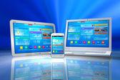 Mobiliteit en cloud computing concept — Stockfoto