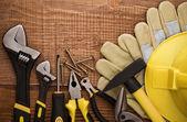 Skopiuj narzędzie pracy miejsca na tle drewna — Zdjęcie stockowe