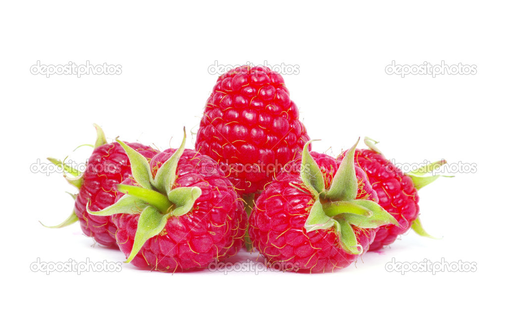 Fresh raspberry closeup isolated on white background — Stock Photo #6645104