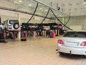 Repair garage — Stock Photo