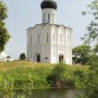 Church of the Intercession on River Nerl — Stock Photo #6167344