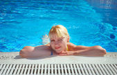Young Girl Resting at Swimming Pool Border — Stock Photo