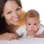 Happy mom and baby — Stock Photo