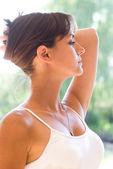 Attractive girl standing — Stock Photo
