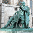 Statue of Constantine I outside York Minster in England , GB — 图库照片