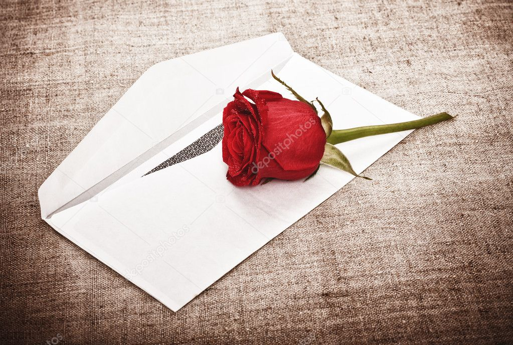 Red rose on old canvas and blank envelope, template — Stock Photo #6376638