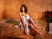 Woman relaxing in bath. — Stock Photo
