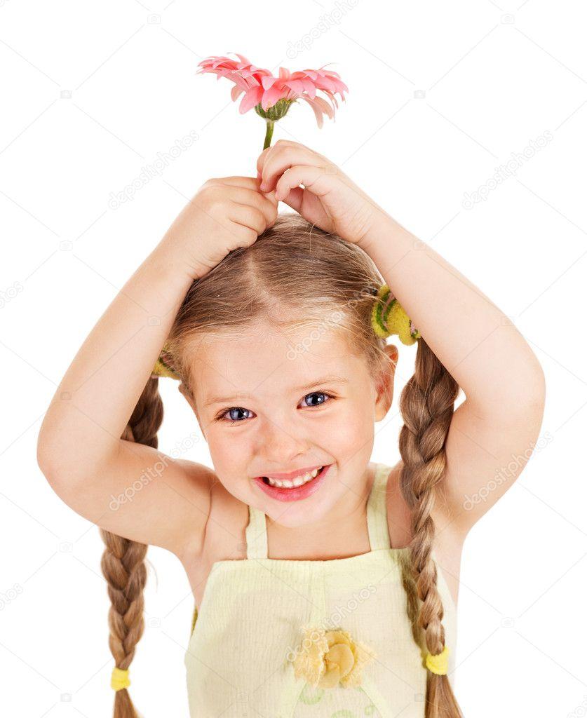 快乐的小女孩手捧花– 图库图片