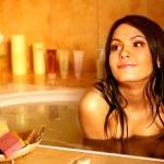 Woman take bubble bath. — Stock Photo #5908635