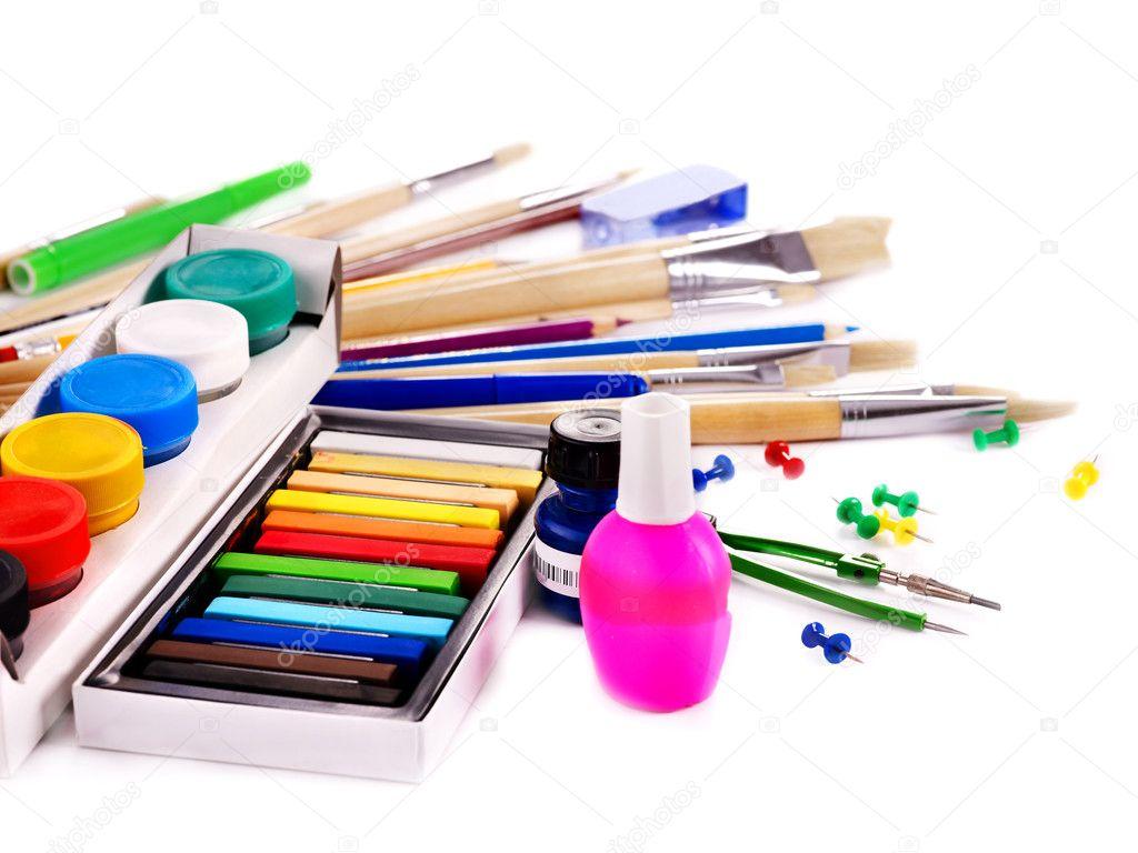 принадлежности для рисунка на ногтях