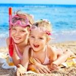 Children playing on beach. — Stock Photo #6140182