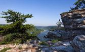 Hiker overlook Harpers Ferry landscape — Stock Photo