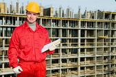 Trabalhador de Inspetor Construtor sorridente — Fotografia Stock