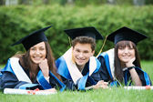 Szczęśliwy absolwentów — Zdjęcie stockowe