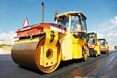 Asphalt roller at work — Stock Photo