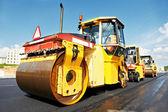 Asfalt roller op het werk — Stockfoto