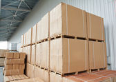 Warehouse cardboard boxes arrangement outdoors — Stock Photo