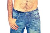 Joven hombre vistiendo jeans, cerrar — Foto de Stock