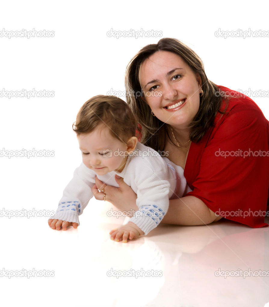 Сын с мамой играют в карты 30 фотография