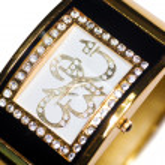 Golden wristwatch — Stock Photo
