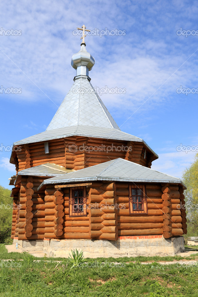 The wooden church in Moscow region, Russia — Stock Photo #5591474