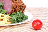 раздутый бекона и сыра с листьями салата — Стоковое фото