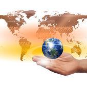 Hände halten planet — Stockfoto