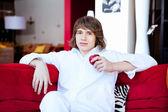 Porträt eines jungen Mannes gut aussehend — Stockfoto
