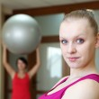 Young woman doing sport — Stock Photo