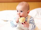 Portret van kleine baby — Stockfoto
