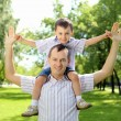 Father with his son in the park — Stock Photo #6294388