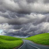 Road and horizon — Stock Photo