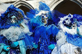 3 masks dressed in blue costumes ,Venice carnival — Stock Photo
