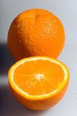 Due arance fresche — Foto Stock