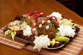Dish with roast duck and vegetables — Стоковое фото