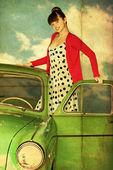 Colagem vintage com mulher de beleza no carro verde — Fotografia Stock