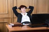 La femme d'affaires a fait rompre en travaux — Photo