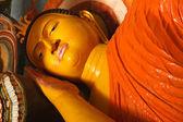 Liegende buddha-statue — Stockfoto