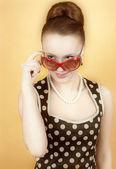 Meisje in amerikaanse 60s stijl — Stockfoto