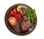 Grilled beef on white plate with vegetable. — Stock Photo