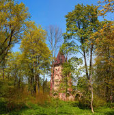 Ruined tower Chapelle in Pushkin Town, Russia — Stock Photo