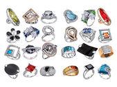 Pierścienie z klejnotów na białym tle — Zdjęcie stockowe
