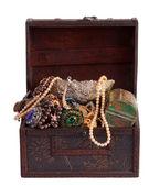 Baú com objetos de valor — Fotografia Stock