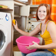 Woman  cleaning the refrigerator — Stock Photo