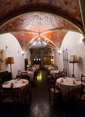 Cafe with arch ceiling — Stockfoto