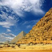 Egypt pyramids in Giza Cairo — Stock Photo