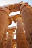 Столбцы в Карнакский храм — Стоковое фото