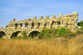 Ancient roman aqueduct — Foto de Stock