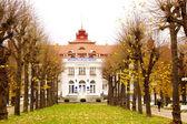 Famous spa resort Karlovy Vary aka Karlsbad — Stock Photo